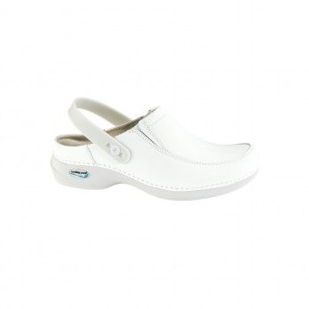 WashGo Paris Clogs with Elastics and Clipt