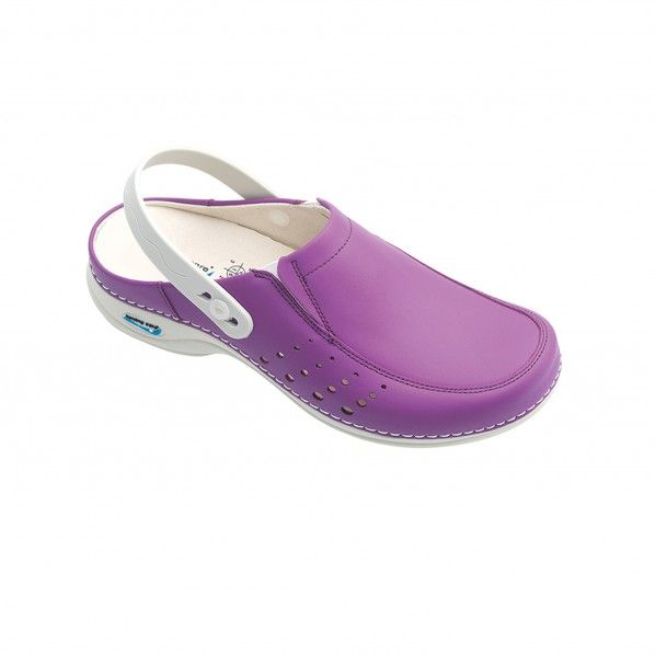 WashGo Berlin Clogs with Rubber Bands, Holes and Cleats